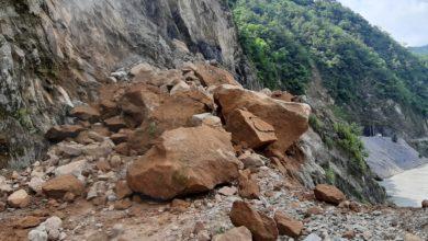 Photo of पहिरो खस्दा रिडी-रुद्रवेणी सडक अवरुद्ध