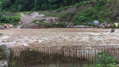 Photo of चार वर्ष बित्यो पुल निर्माण अझै अलपत्र, स्थानीयलाई सास्ती